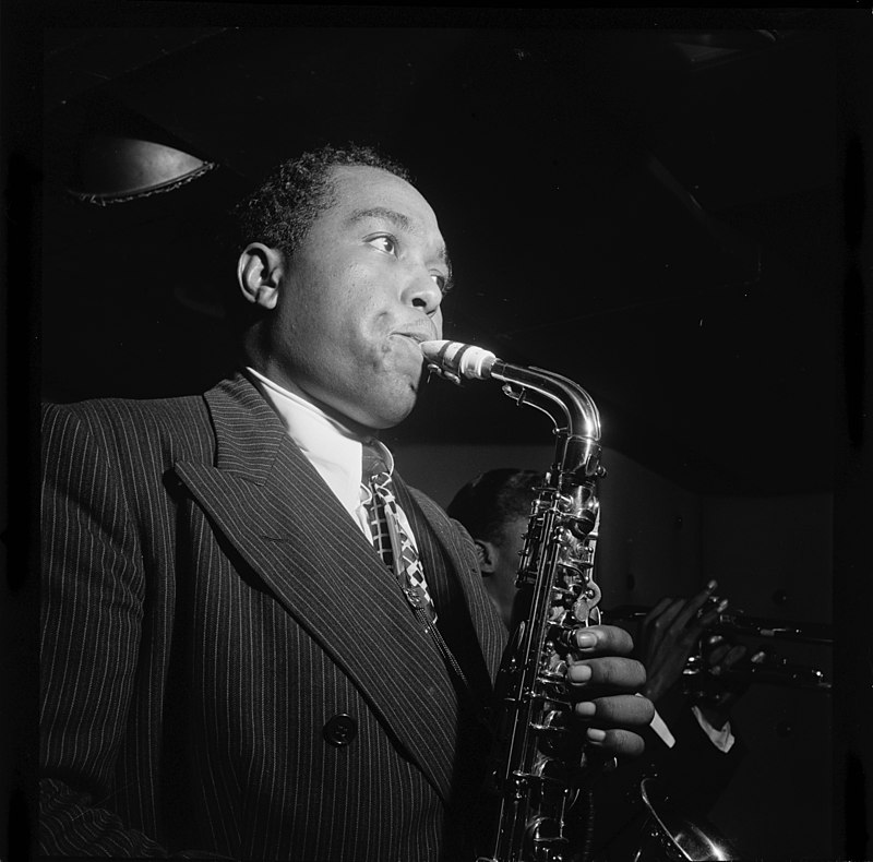 B/w photo of Charlie Parker 1947 playing the saxaphone
