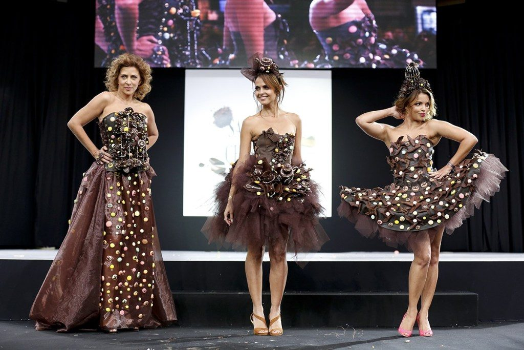 3 models in dresses made of chocolate