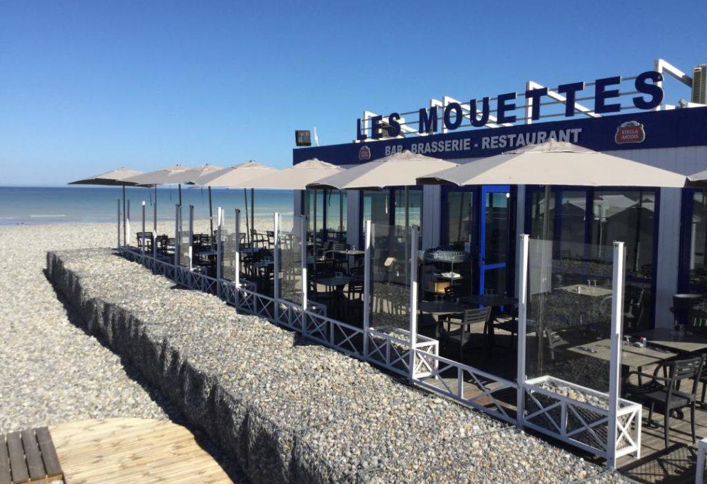 Les mouettes restaurant exterior in mers les bains